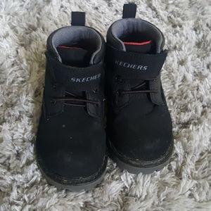 Skechers black boots for boys